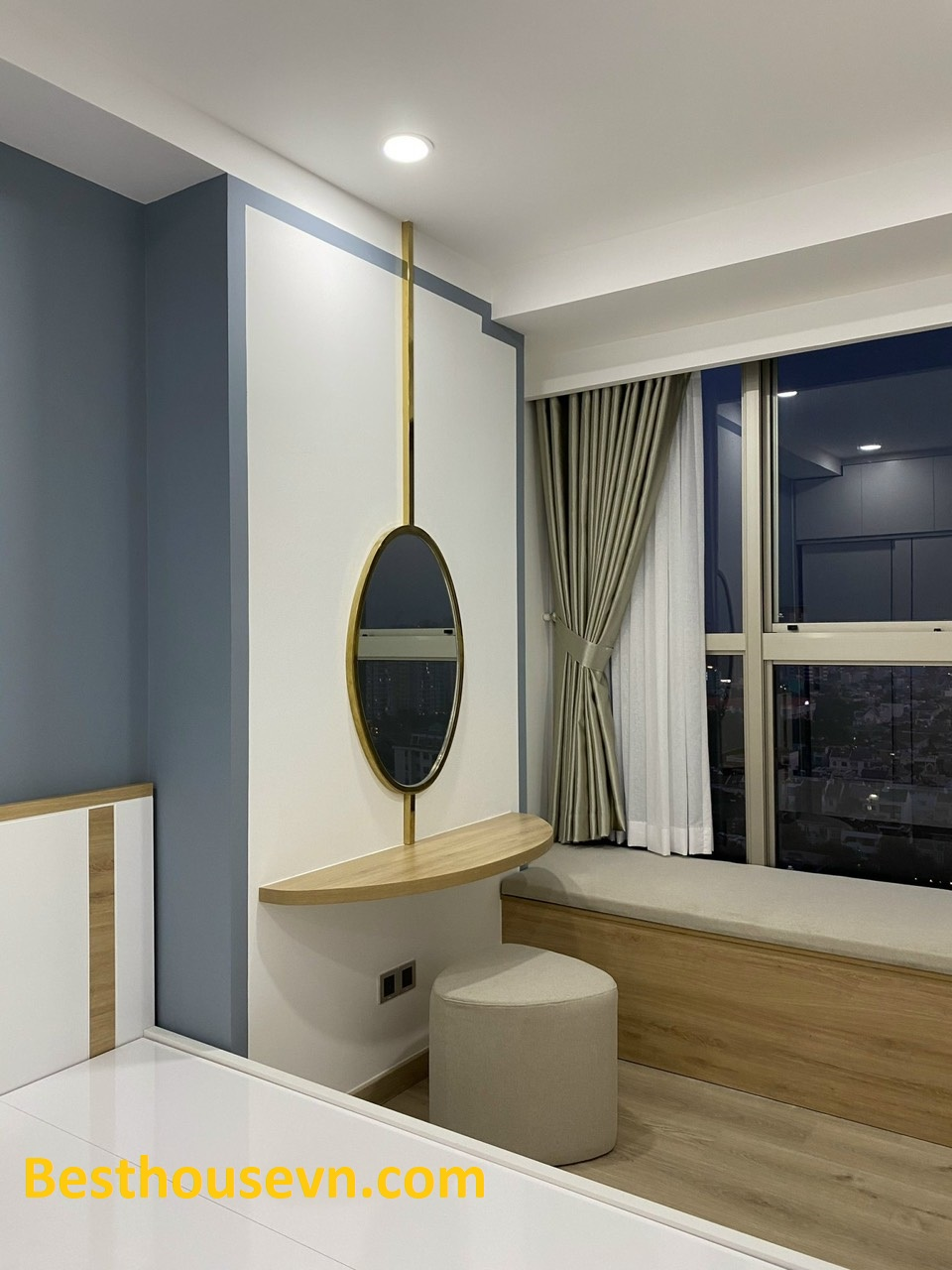 Beautiful-apartment-in Midtown-110sqm-quality furniture