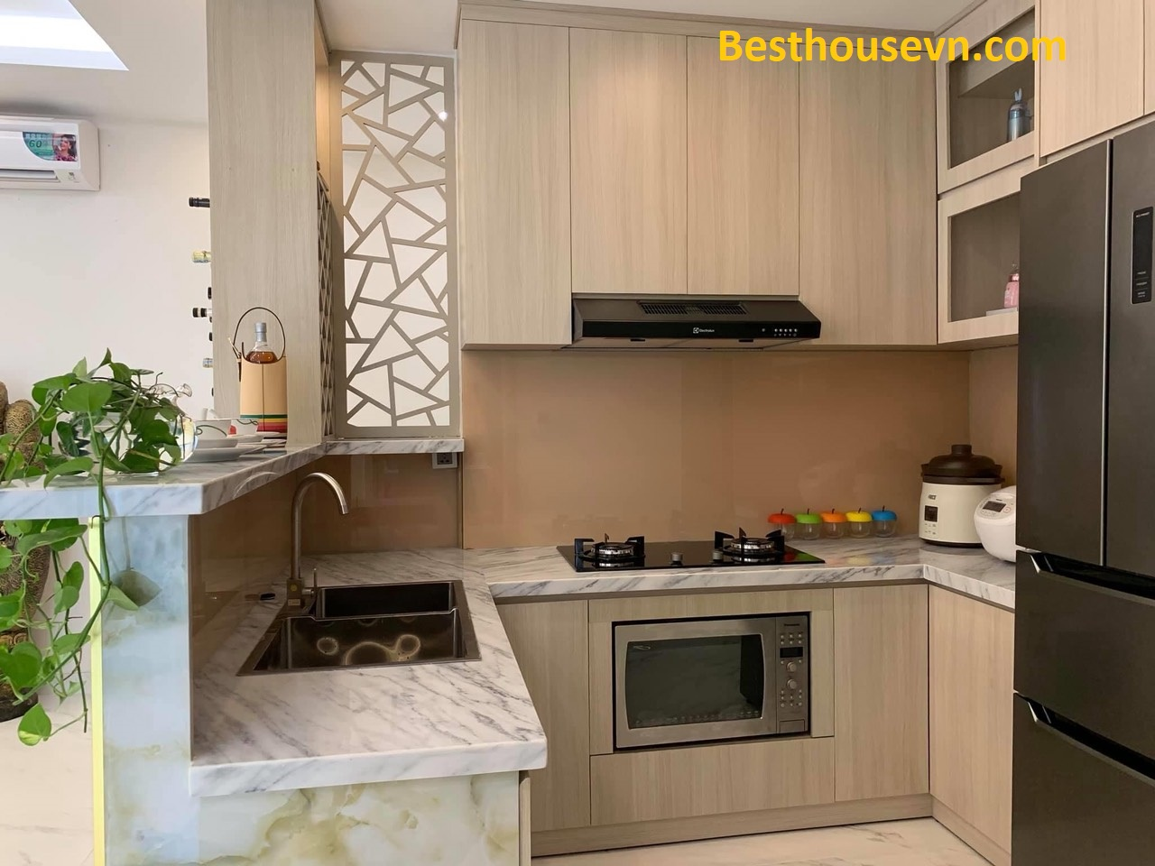 Mitown-89sqm-apartment-for-rent-in-phu-my-hung-district-7-hcmc-1