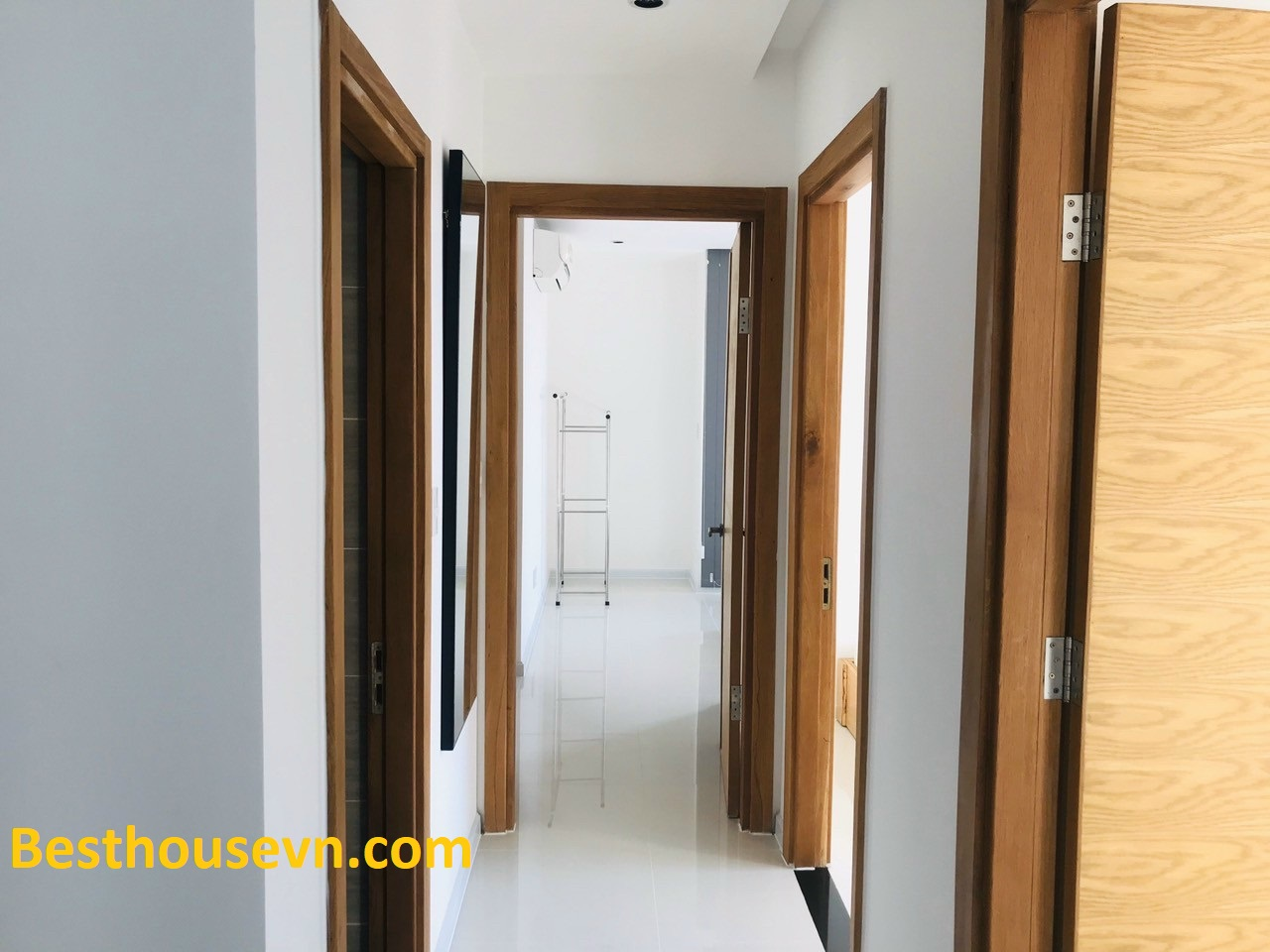 aparment-for-rent-in-star-hill-district-7-hcmc-n0-option