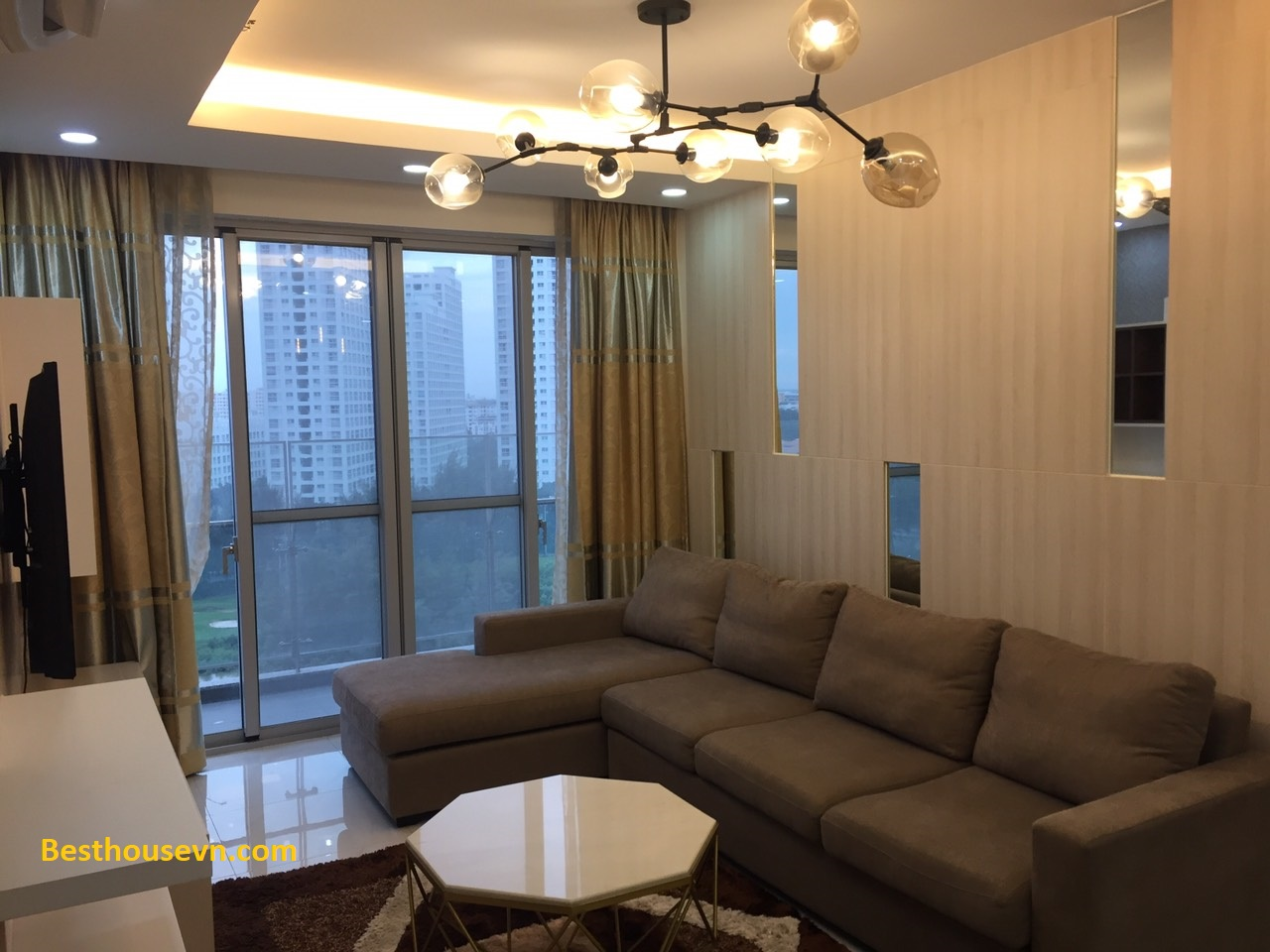 apartment-for-rent-happy-valley-phu-my-hung-district-7-1