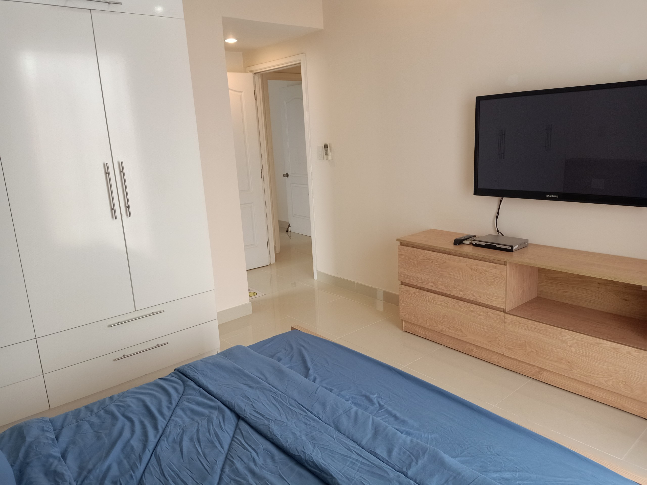 full-option-River-park-1-for-rent-in-phu-my-hung