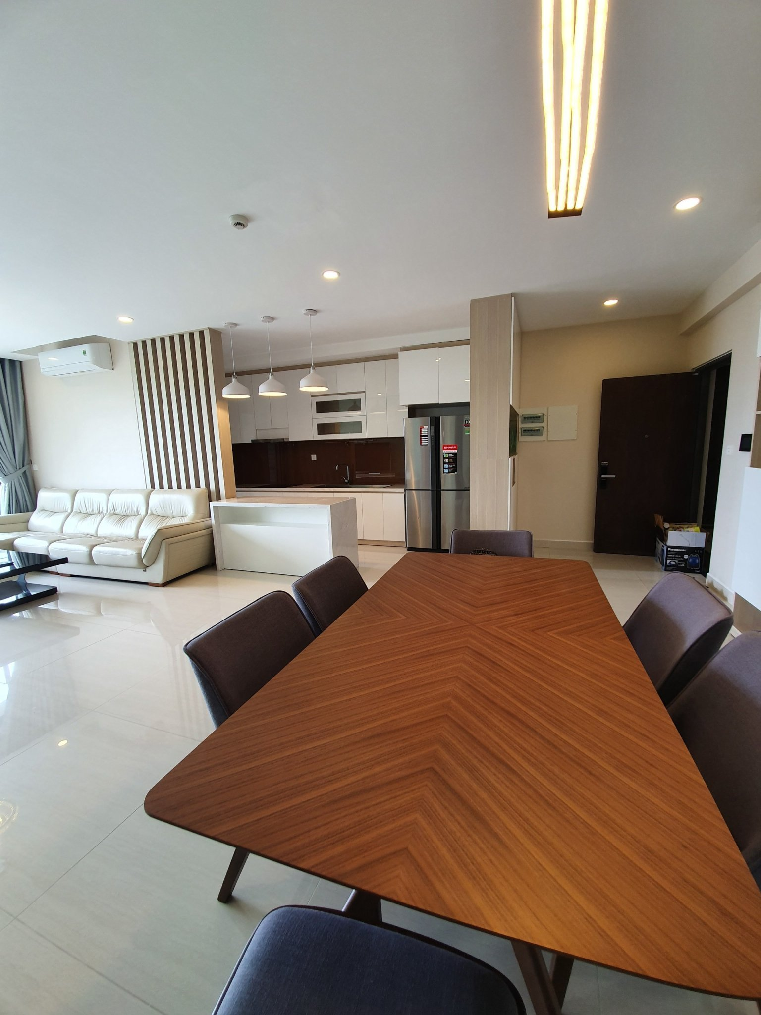 luxury-apartment-for-rent-in river-park premier-phu-my-hung-district- 7