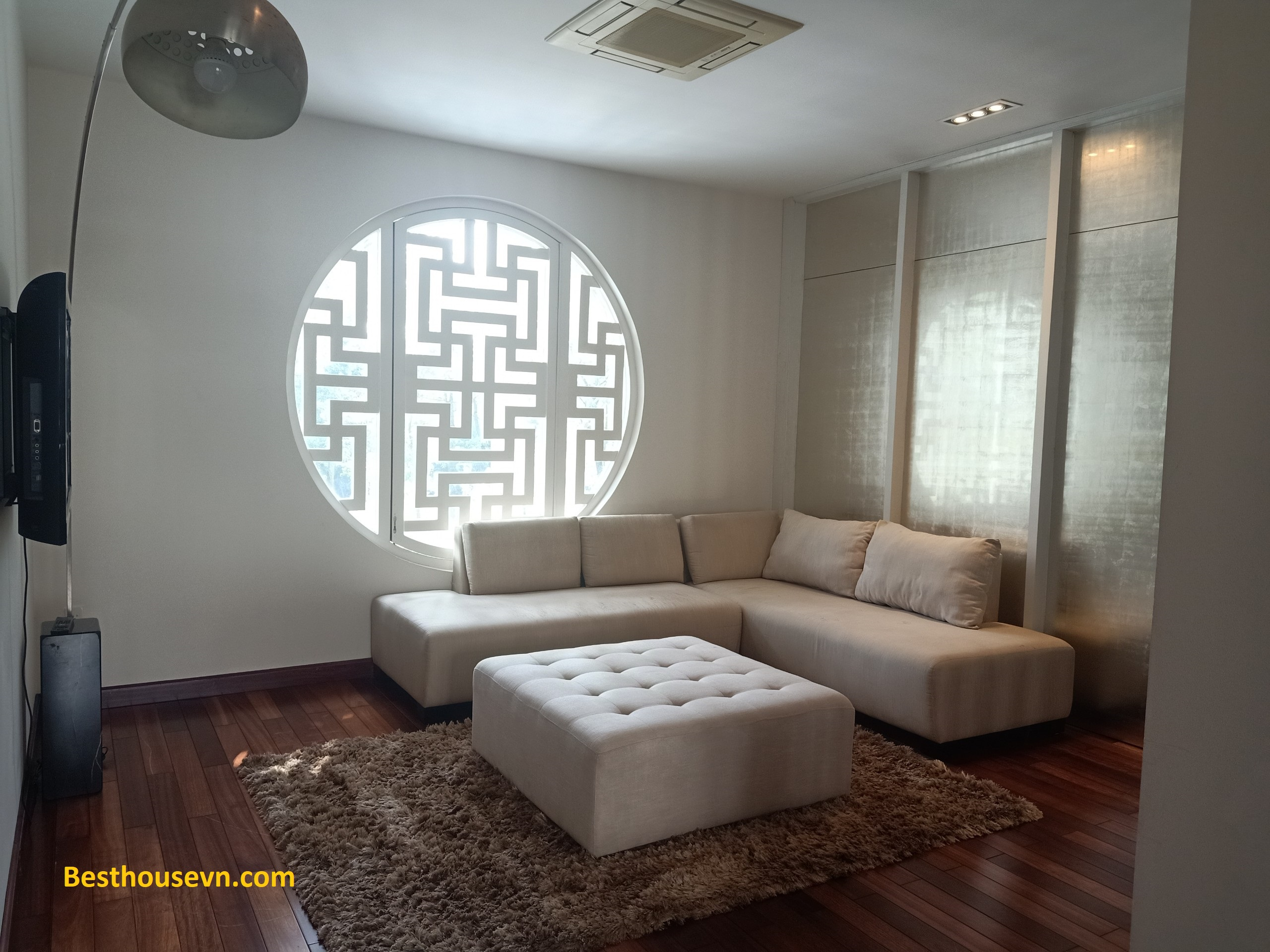 swimming-pool-Villa-for-rent-in-phu-my-hung-2