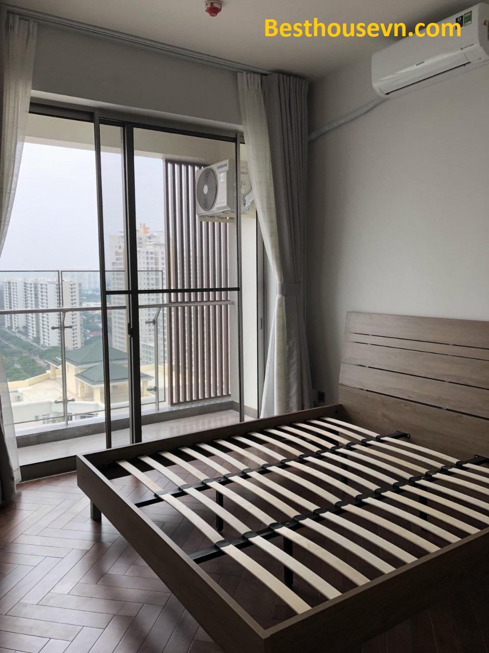 unfurnished-room-2