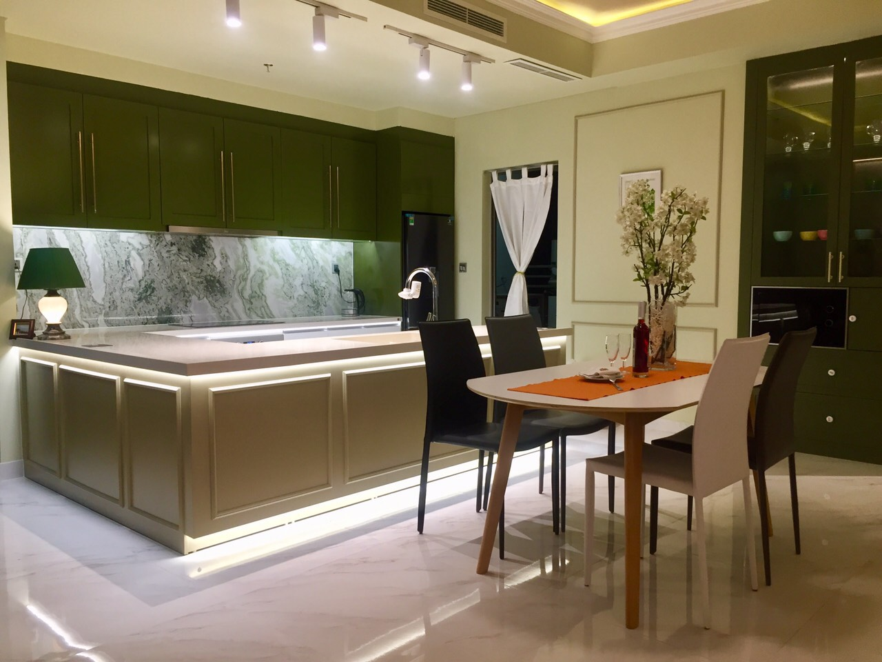 135sqm beautiful apartment for rent in Midtown