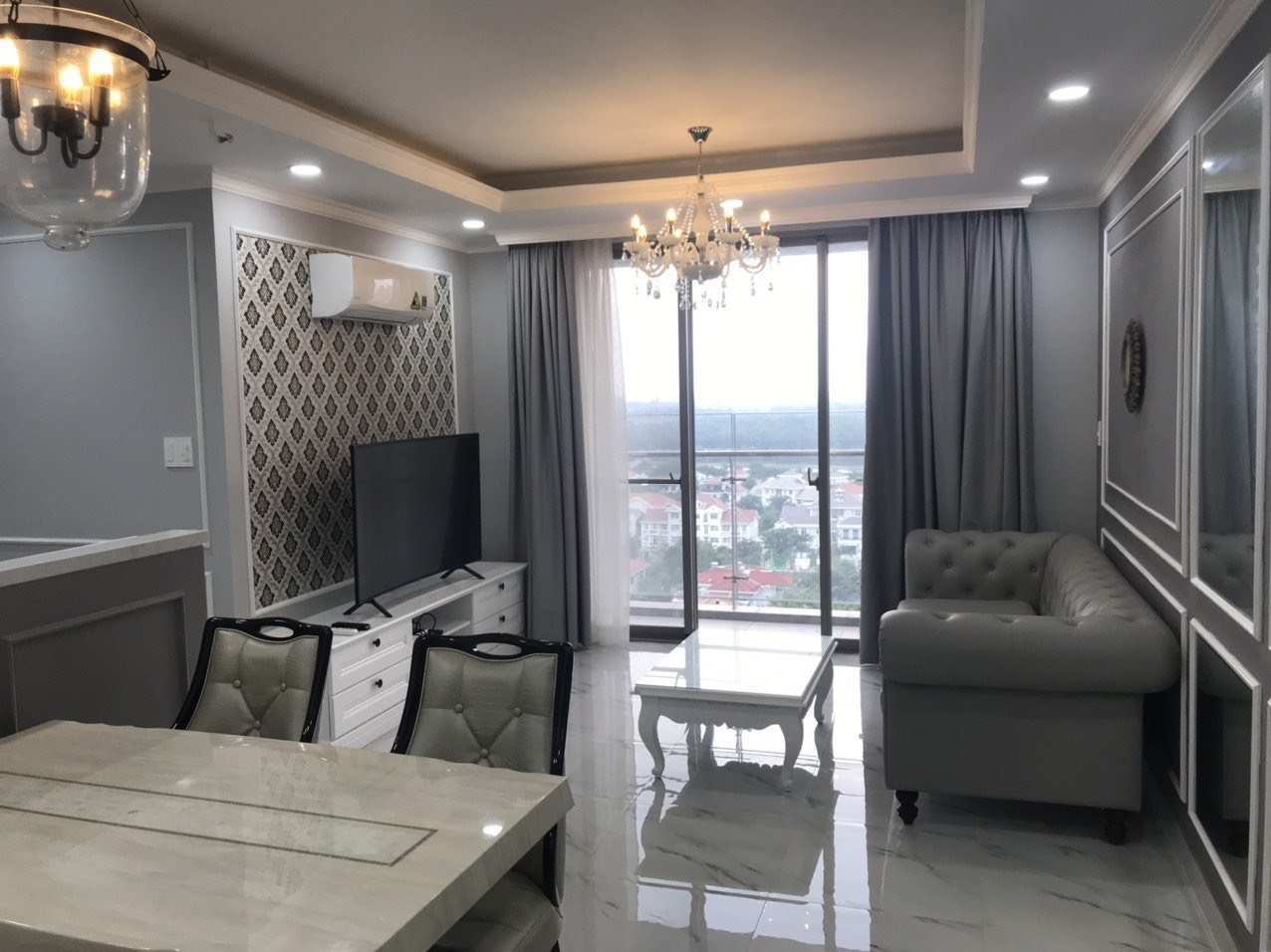 Modern apartment in Hung Phuc for rent