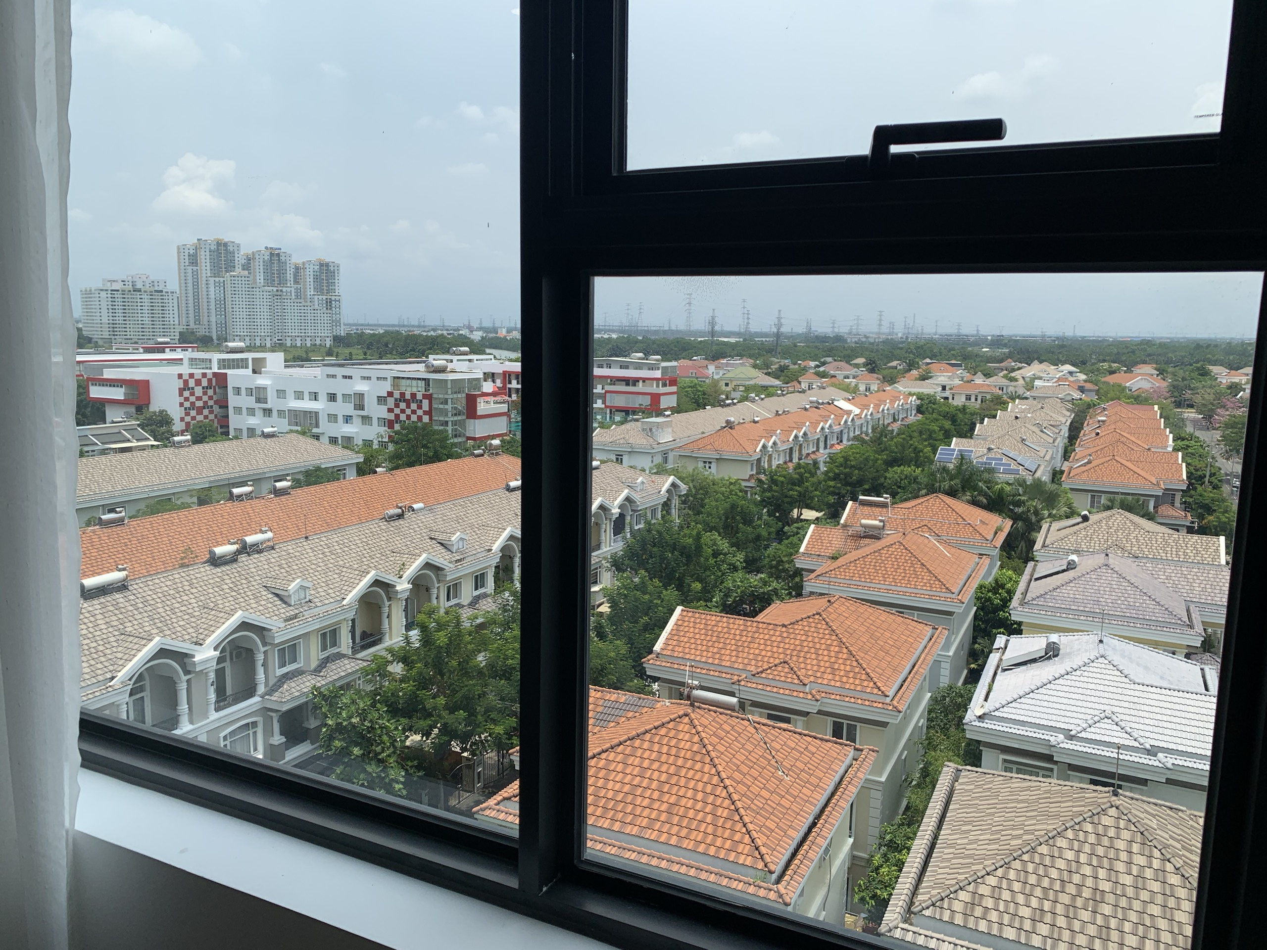 Happy-residence-premier-for-rent (7)