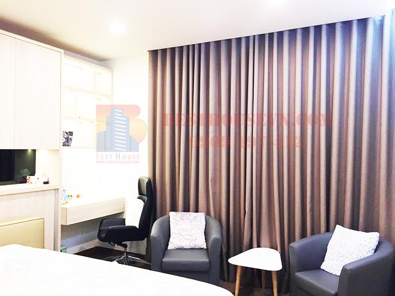 Great Riverpark Premier apartment for rent